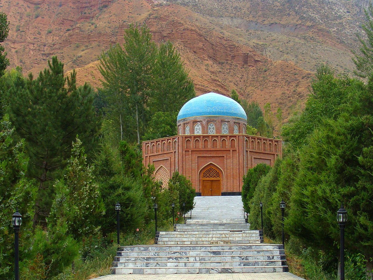 Пенджикент, Таджикистан, Абу Абдулло Рудаки