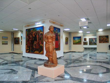 Музей Савицкого в тройке необычных мест