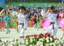 ウズベキスタンのナヴルズ祭りへ